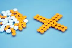 Kapseln und Pillen Stockbilder