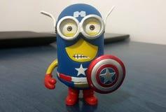 Kapten America Minion arkivfoton