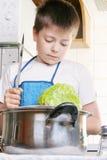 kapuścianego dzieciaka kuchenny nóż Zdjęcie Royalty Free