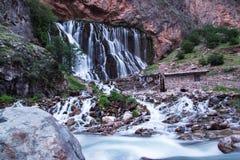 Kapuzbasi瀑布和急流,开塞利,土耳其 免版税图库摄影
