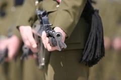 karabin wskazać żołnierza obrazy royalty free