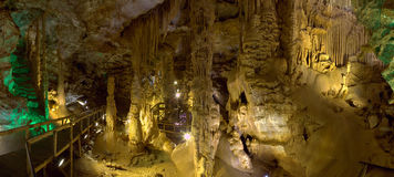 Karaca grottapanoramautsikt Arkivbild