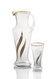 Karaffvattenexponeringsglas som isoleras på vit backround Royaltyfri Fotografi