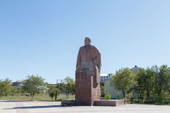 Karaganda, Kazajistán - 1 de septiembre de 2016: Monumento VI Lenin Fotos de archivo