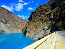 Karakoram-Landstraße lizenzfreies stockfoto