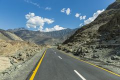 Karakoram-Landstraße, Chillas, Diamer, Gilgit Baltistan, Nord-Pakista lizenzfreie stockfotografie