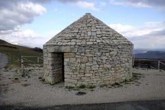 Karakteristisk konstruktion som används av herdar Arkivbild