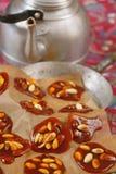 Karamel met pinda's stock afbeeldingen