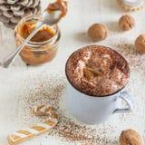 Karamell-heiße Schokolade stockfoto
