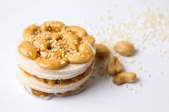 Karamellisierter süßer Snack des Acajoubaums mit Samen Stockbild