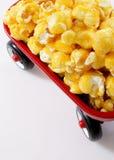 Karamellpopcorn Stockbild