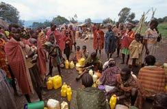 Karamojong Dorfbewohner, Uganda stockfoto