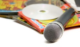 Karaoke.The Mike e discos. fotografia de stock royalty free