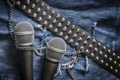 Karaoke/Sänger/Rockband Lizenzfreie Stockfotos