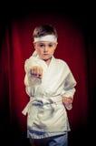 Karaté de pratique d'enfant Image libre de droits