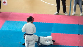 Karate μονομαχίας παιδιά φιλμ μικρού μήκους