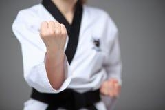 Karate dziewczyna z czarnym paskiem Obrazy Stock