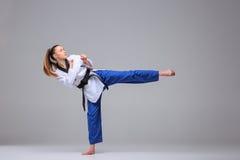 Karate dziewczyna z czarnym paskiem Obrazy Royalty Free