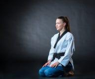 Karate dziewczyna z czarnym paskiem Zdjęcia Stock