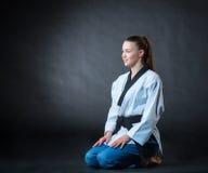 Karate dziewczyna z czarnym paskiem Fotografia Royalty Free