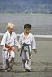 karate φιλίας χαρακτήρα σχολ&epsilon Στοκ φωτογραφίες με δικαίωμα ελεύθερης χρήσης