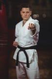 Karate gracza ćwiczyć obraz royalty free