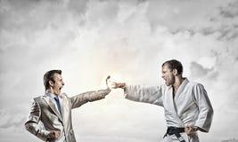 Karate mężczyzna w białym kimino Obrazy Royalty Free