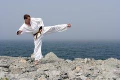Karate op de kusten van het overzees Stock Afbeeldingen