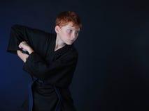 Karate Warme Zombie in de aanval Stock Foto