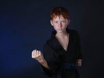 Karate Warme Zombie in de aanval Royalty-vrije Stock Afbeelding