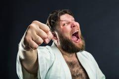 Karateka aggressivo fotografia stock