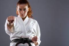 Karatekvinna royaltyfri fotografi