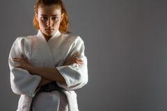 Karatevrouw stock foto