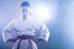 Karatevrouw stock foto's