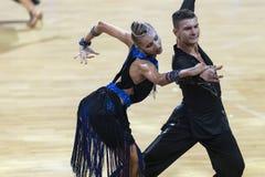Karatkevich Vladimir y Kravchenko Nataliya Performs Adult Latin-American Program fotografía de archivo