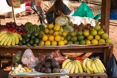 Karatu owocowy stojak Zdjęcie Royalty Free