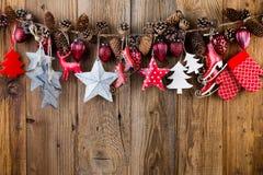 karciany bożego narodzenia powitanie Świąteczna dekoracja na drewnianym tle koncepcja nowego roku kosmos kopii Mieszkanie nieatut obrazy stock