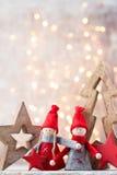 karciany bożego narodzenia powitanie Gnomu świąteczny tło Nowego roku symb Zdjęcie Stock