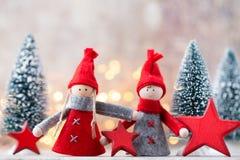 karciany bożego narodzenia powitanie Gnomu świąteczny tło Nowego roku symb Fotografia Stock