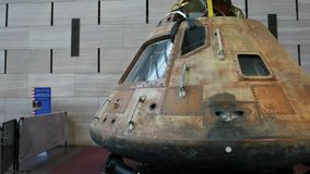 Kardanringschuß, der um das Kommandomodul Apollo 11 geht