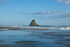 karekare пляжа стоковые фотографии rf
