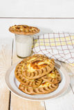 Karelian pies and a glass of milk Royalty Free Stock Photos