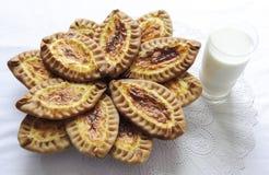 Karelische und finnische Kuchen mit Kartoffeln Lizenzfreies Stockbild