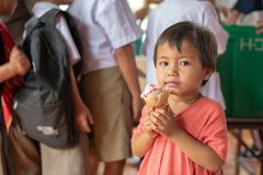 Karen-Kinder von Banbongtilang-Schule lizenzfreies stockbild