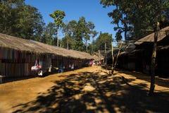 Karen Village & x28; turist- trap& x29; , Chiang Mai Arkivbilder