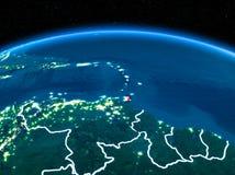 Karibische Meere vom Raum nachts stockfotos