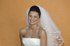 Karibische Strand-Hochzeit - Braut-Aufstellung stockfotografie
