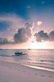 Karibisches Meer an der Dämmerung Stockfotografie