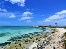 Karibisches Meer, Los Roques Ferien im blauen Meer und in den verlassenen Inseln lizenzfreie stockfotos