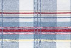 Kariertes Mustergewebegewebe Masern Sie Farbe, Blau, roter Stoffhintergrund Lizenzfreie Stockbilder